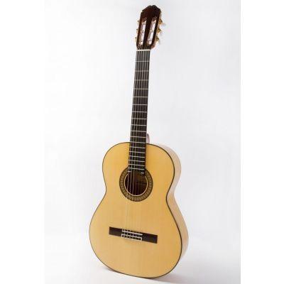 Raimundo 145FLAMENCO Flamenco Guitar