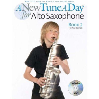 A New Tune A Day Alto Saxophone - Book 2 (CD Edition)
