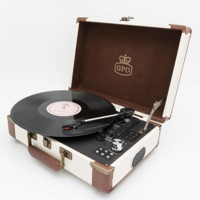 GPO Ambassdor Turntable with Bluetooth and USB in Cream/Tan