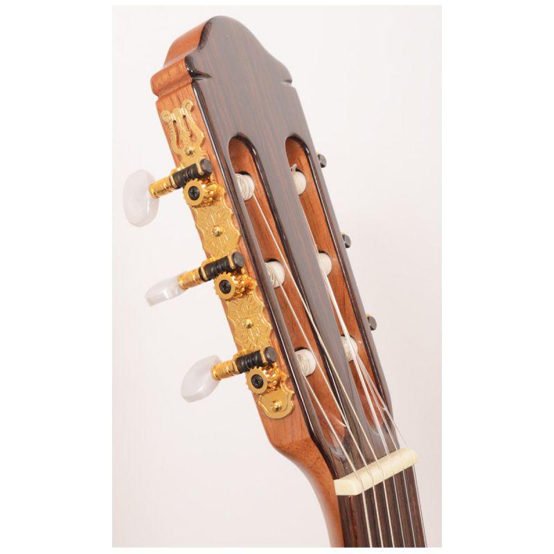 Raimundo 630E Classical Nylon Guitar