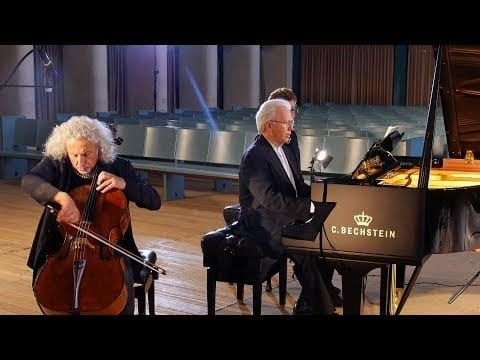 Hoffmann Vision V158 Grand Piano, Polished Ebony