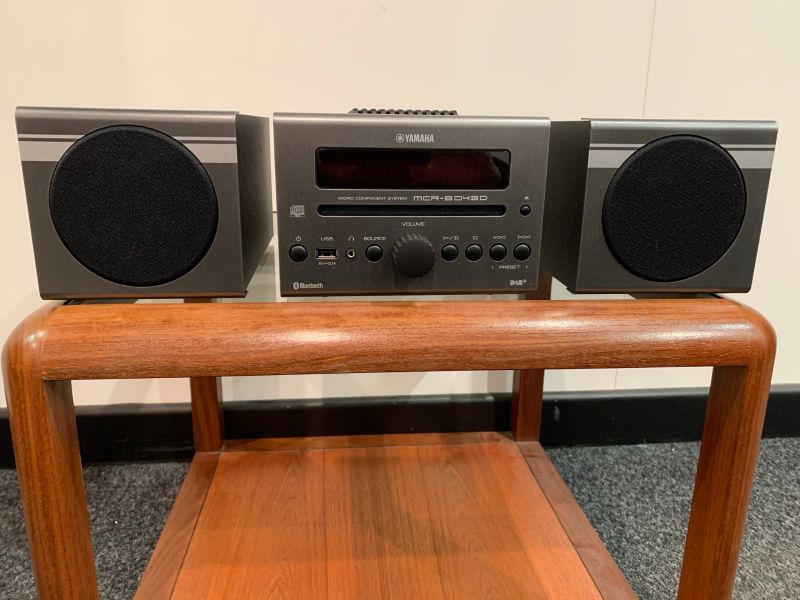 Yamaha MCRB043D Bluetooth Desktop Audio System Dark Gray - Display Model