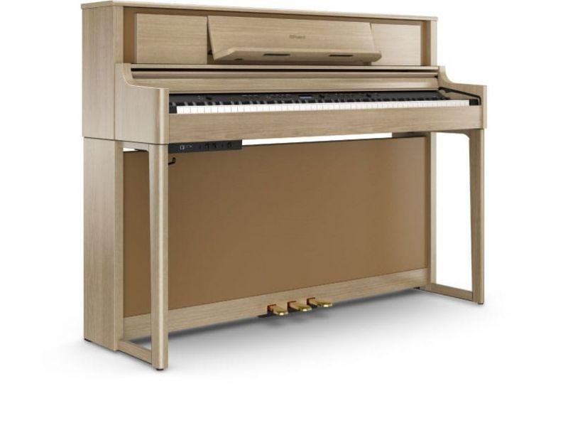 Roland LX705-LA Upright Piano In Light Oak